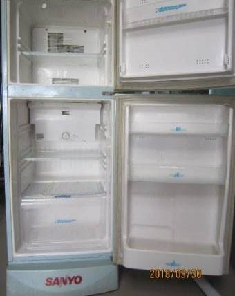 Thanh lý Tủ lạnh Sanyo 130 lít