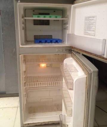 Thanh lý tủ lạnh toshiba 140 lit