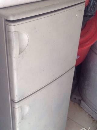 Thanh lý tủ lanh toshiba 140 lit